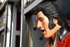 Visiting Graceland is one way to have Family fun in Memphis TN