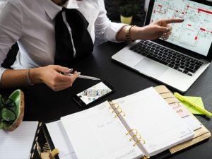 evaluate housing market before buying