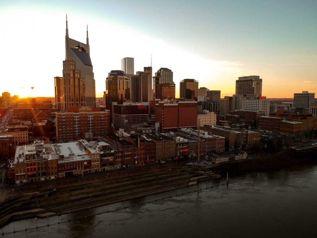 sunset skyline of one of the top cities for retirees in Tennessee